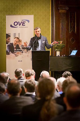 Günter Idinger, Präsident des österreichischen Nationalkomitees von CENELEC und IEC