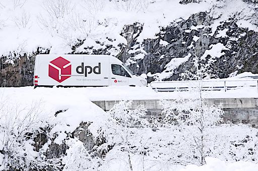 DPD stellt in der Vorweihnachtszeit an Spitzentagen bis zu 270.000 Pakete zu.