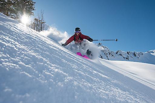 Wie soll der alpine Skisport der Zukunft aussehen? Als große gesellschaftliche Akteure mit viel einschlägiger Erfahrung sehen sich die Alpenvereine in der Pflicht, ihren Standpunkt in diese Debatte einzubringen.