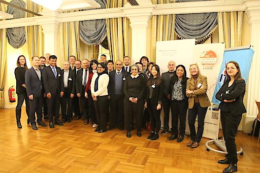 Teilnehmer der UNO-BMVIT-AEC Konferenz zu Technologieeinsatz für Klimaschutz