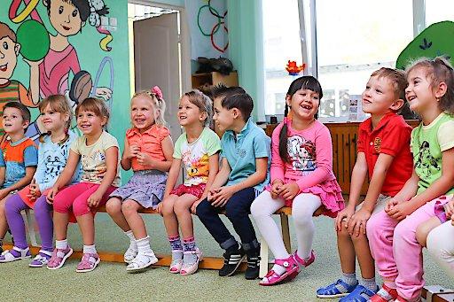 14 Wochen an Ferien in 2020: Verein Family Business hat maßgeschneiderte Angebote für Kinderbetreuung, sowohl für Unternehmen als auch für Gebietskörperschaften.