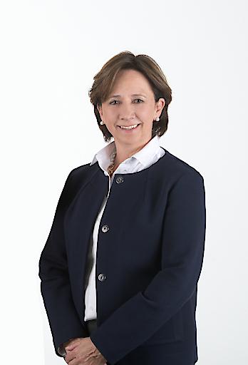 Im Stiftungsvorstand der FH Kärnten gibt es Veränderungen: Sparkassen-Vorständin Gabriele Semmelrock-Werzer wurde in der Aufsichtsratssitzung am 13. Dezember 2019 als neues Vorstandsmitglied der FH Kärnten bestellt. Ihre Funktionsperiode beginnt mit Januar 2020.