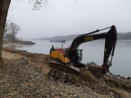 Blocksteine wurden entfernt, natürliche Flachuferbereiche geschaffen.