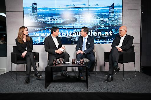 V.l.n.r.: Sylvia Dellantonio (Geschäftsführerin willhaben), Gerhard Koller (W24-Moderator), Peter Hanke (Stadtrat für Finanzen, Wirtschaft, Digitalisierung und Internationales), Frank Hensel (Aufsichtsrat REWE International)
