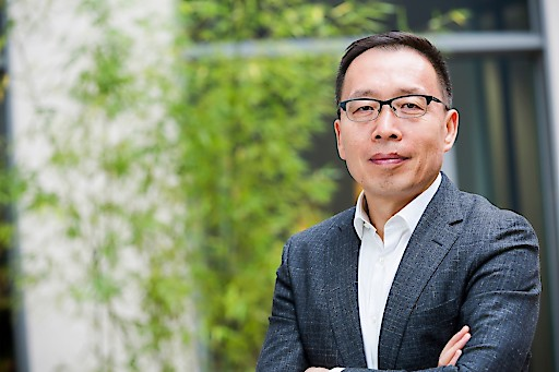 Victor Zhang, Vizepräsident von Huawei