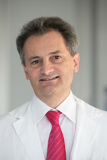 Prof. Dr. Richard Greil (Leiter der III. Medizinischen Universitätsklinik Salzburg)