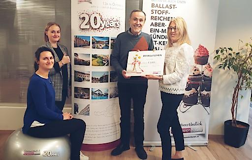 Bewerten wird belohnt! Unter allen Umfrageteilnehmern wurde ein Reisegutschein im Wert von € 3.000, -verlost. Heuer ist Franz N. der glückliche Gewinner.