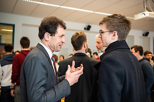 Christoph Grabenwarter im Gespräch mit Schülern
