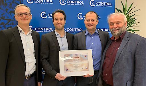 (v.l.n.r.) Wolfgang Urbantschitsch (Vorstand), Klemens Leeb (Informationssicherheitsbeauftragter), Franz Rudinger (Leiter Abteilung IT & Telekommunikation), Andreas Eigenbauer (Vorstand)