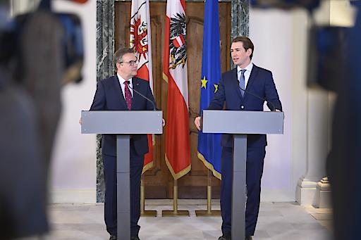Pressekonferenz mit LH Platter und Bundeskanzler Kurz. Der Bundeskanzler stellte sich hinter die verkehrsgeplagte Tiroler Bevölkerung und sicherte LH Platter seine vollste Unterstützung zu.