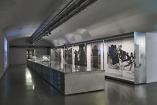 HELMUT LANG ARCHIV. Eine Intervention von Helmut Lang MAK DESIGN LAB