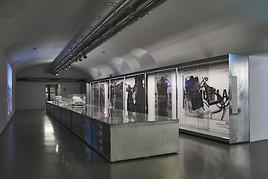 HELMUT LANG ARCHIV im MAK. Eine Intervention von Helmut Lang
