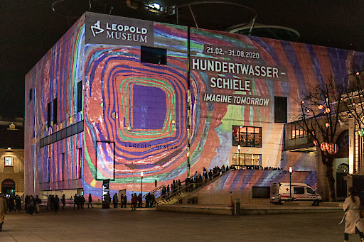 "https://www.apa-fotoservice.at/galerie/22175 Leopold Museum, MuseumsQuartier, Wien Fassadenprojektion anlässlich der Eröffnung der Ausstellung ""Hundertwasser - Schiele. Imagine Tomorrow""."