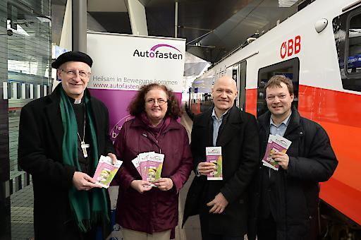 Autofasten; Franz Scharl, Andrea Kampelmühler (evangelische Umweltbeauftragte), Matthias Geist, Markus Gerhartinger (kath. Umweltbeauftragter).
