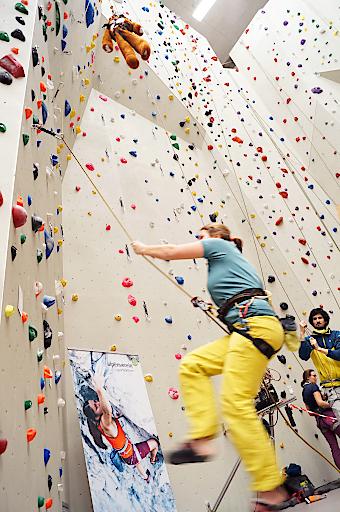 """""""Sicher Klettern""""-Sturztraining in Innsbruck"""
