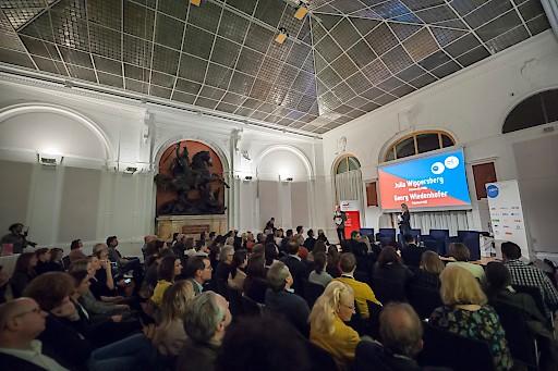Der historische Reitersaal diente als Kulisse für höchst moderne Themen – der Marketing Club Österreich und der Public Relations Verband Austria zu Gast bei der Oesterreichischen Kontrollbank (OeKB)