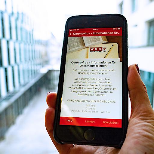 Das neue Corona-Infoservice für Betriebe per App.