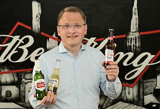 Mit einer eigenen Gesellschaft und Sitz in Wien übernimmt Country Manager Lennart Kübler die Verantwortung für die Marken des Bierkonzerns, die bisher über lokale Partner vertrieben wurden.