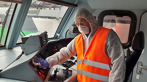 ISS Österreich bietet in Kooperation mit RAIL SPACE die Reinigung und Desinfektion von Zügen und Triebfahrzeugen an