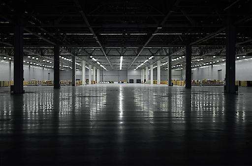 Gebäude- und Anlagenchecks bei Betriebsstillstand sichern einen erfolgreichen Neustart. tuvaustria.com/realestate