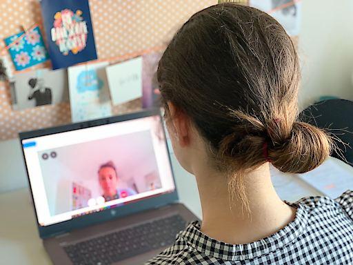 karriere.at Umfrage zu Online-Jobinterviews