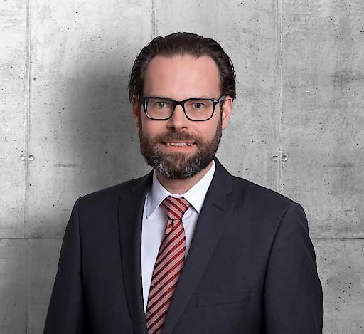 Lars Fuhrmann ist neuer Sprecher der Geschäftsführung der LLB Immo KAG und verantwortet als Geschäftsführer Marktfolge die Bereiche Risikomanagement, Mid-Office und Fondsplanung