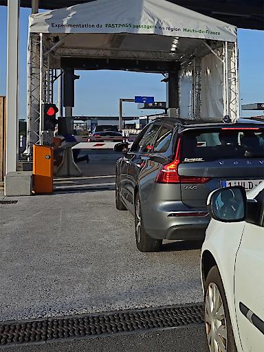 Die Region Hauts-de-France beauftragte das AIT Austrian Institute of Technology mit der Konzeption und Evaluierung einer automatisierten Grenzkontrolle für Fahrzeuge in Calais und Dunkerque