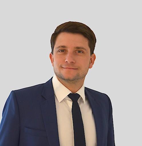 Mag. Gerhard Ladengruber als Government Affairs Lead bei AstraZeneca Österreich