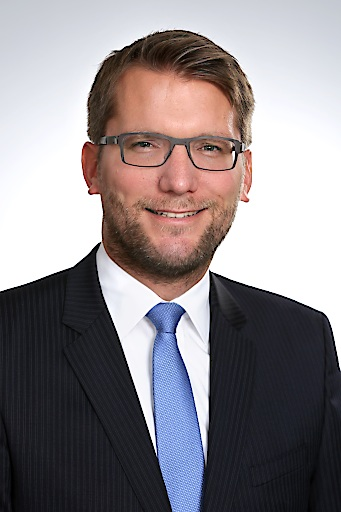 Dr. Leif Moll, MBA - Geschäftsführer von Merck Österreich Portrait , BILD zu OTS