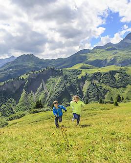 Ferienauftakt: Sicher in die Berge