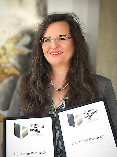 """""""Die Auszeichnungen zeigen uns, dass wir auf einem guten Weg sind, unser Ziel – die beste Bierkultur Europas zu schaffen – zu erreichen"""", freut sich Gabriela Maria Straka, Leitung Unternehmenskommunikation & CSR der Brau Union Österreich."""