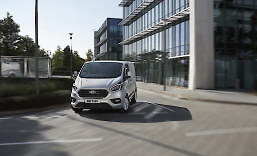 """Ford Transit Custom PHEV Weiterer Text über ots und www.ots.at / Die Verwendung dieses Bildes ist für redaktionelle Zwecke honorarfrei. Veröffentlichung bitte unter Quellenangabe: """"obs/Ford Motor Company (Austria) GmbH"""""""