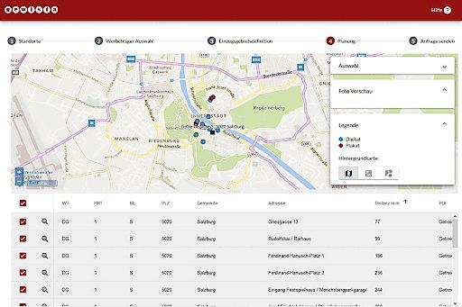 Nach Eingabe der Eckdaten zur Kampagne gibt das Tool eine Rohplanung aus. Im Bild ein Standort in der Salzburger Innenstadt (dunkelblaues Quadrat) und die vorgeschlagenen Werbeträger im Umkreis von 10 Gehminuten.