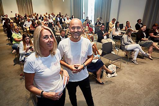 """Andrea & Andreas Kernreiter (CEOs seminargo GmbH) kurz vor Ihrem Vortrag zum Thema """"Wie hat Corona das Seminarleben verändert? Was bleibt, was geht?"""""""