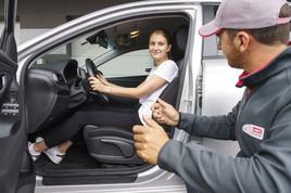 ARBÖ: Die richtige Sitzposition im Auto ist sicher und gesund