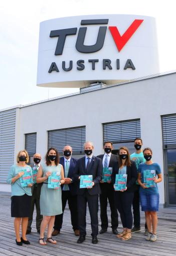 TÜV AUSTRIA Group CEO Dr. Stefan Haas präsentiert mit der TÜV AUSTRIA Akademie das neue Kursprogramm 2021. www.tuv-akademie.at