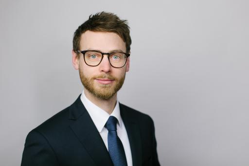 Gabriel Mohr zu Principal von Arthur D. Little befördert