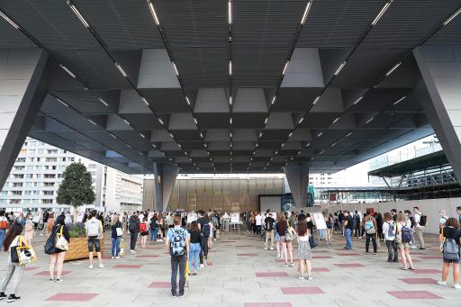 Covid-19-Teststraße unter dem donauSEGEL beim Austria Center Vienna