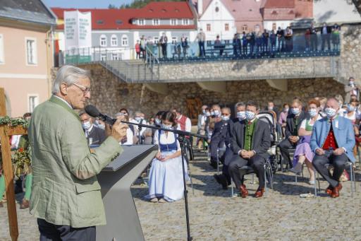 BK a.D. Wolfgang Schüssel zeigte in seiner Ansprache die große Bedeutung und die Systemrelevanz der Landwirtschaft auf.