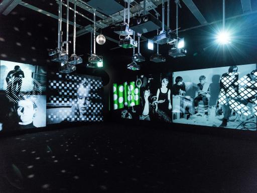 Ausstellungsansicht ANDY WARHOL EXHIBITS a glittering alternative Ab 25. September im mumok