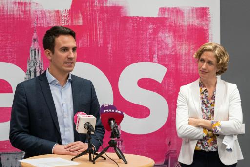 Christoph Wiederkehr und Steffi Krisper bei der Pressekonferenz vom 28.9