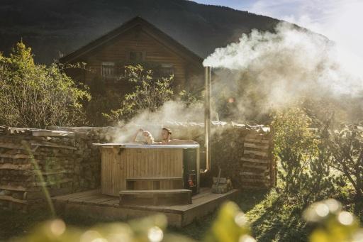 Hot Tub Chalet - Wellnessurlaub am Landgut Moserhof