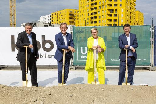 v. l. n. r.: Alfred Vandrovec (PORR), Gerald Beck (UBM), Ursula Lichtenegger (Bezirksvorsteherin 2. Bezirk), Thomas Auböck (KIBB)