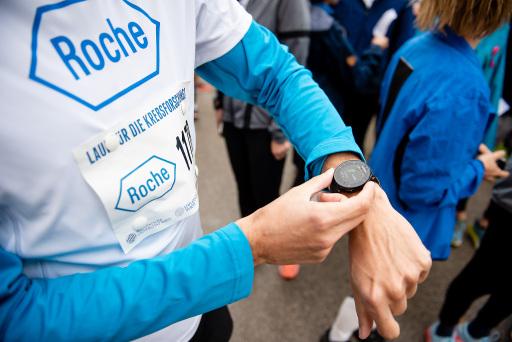 40.000 Kilometer für die Krebsforschung der MedUni Wien. Roche Austria spendete 1 Euro pro gelaufenem Kilometer.