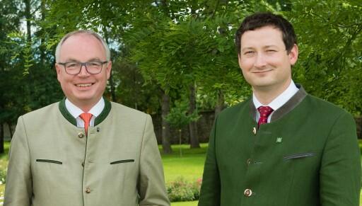 LH-Stv. Stephan Pernkopf und NÖ Bauernbunddirektor Paul Nemecek freuen sich über ein historisches Verhandlungsergebnis bei der GAP-Einigung.