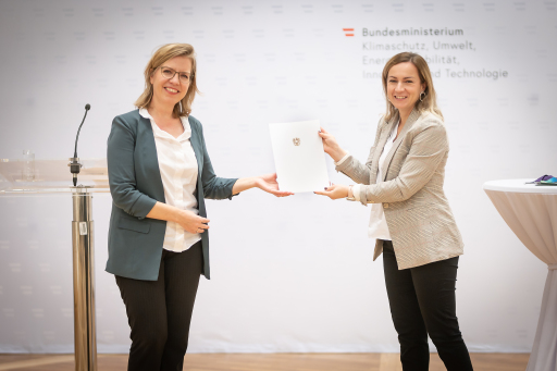 Klimaschutzministerin Gewessler gratuliert der Robert Bosch AG zur FEMtech Auszeichnung Chancengleichheit in Unternehmen 2020