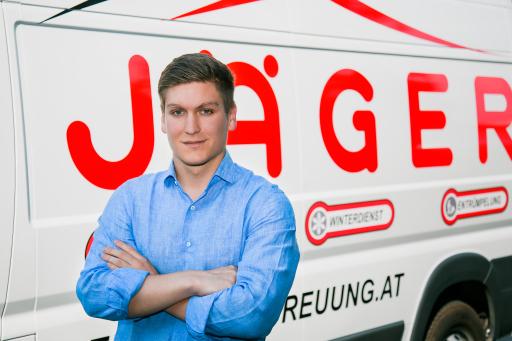 Thomas Jäger, Geschäftsführer der JÄGER Hausbetreuung GmbH, setzt als qualitätsorientierter Immobiliendienstleister neue Maßstäbe in der Hausbetreuung.