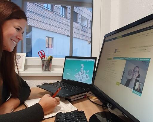 Studierende und Arbeitgeber vernetzten sich während dem virtuellen Recruiting Forum am MCI.