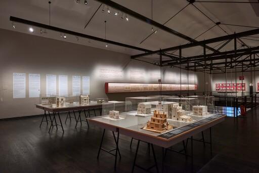 "MAK-Ausstellungsansicht, 2020: ""ADOLF LOOS. Privathäuser"" © MAK/Georg Mayer"