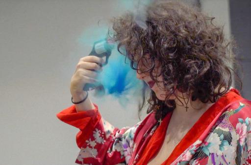 """""""Headshot - Russisch Roulette"""" (Regie: Lola Quivoron, Antonia Buresi) aus der ARTE-Reihe """"No Limits - Die langen Nächte der Lucarne"""". / Weiterer Text über ots und www.presseportal.de/nr/9021 / Die Verwendung dieses Bildes ist für redaktionelle Zwecke honorarfrei. Veröffentlichung bitte unter Quellenangabe: """"obs/ARTE G.E.I.E./© Les Films de Pierre"""""""